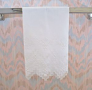 Victoria Embroidery Linen Towel