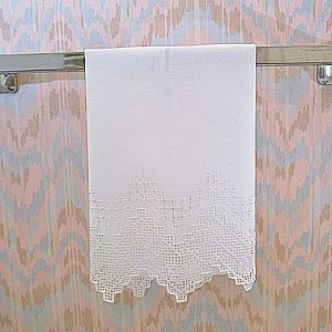 English Style. Extra Fancy Hand Embroidery Linen Hand Towels.